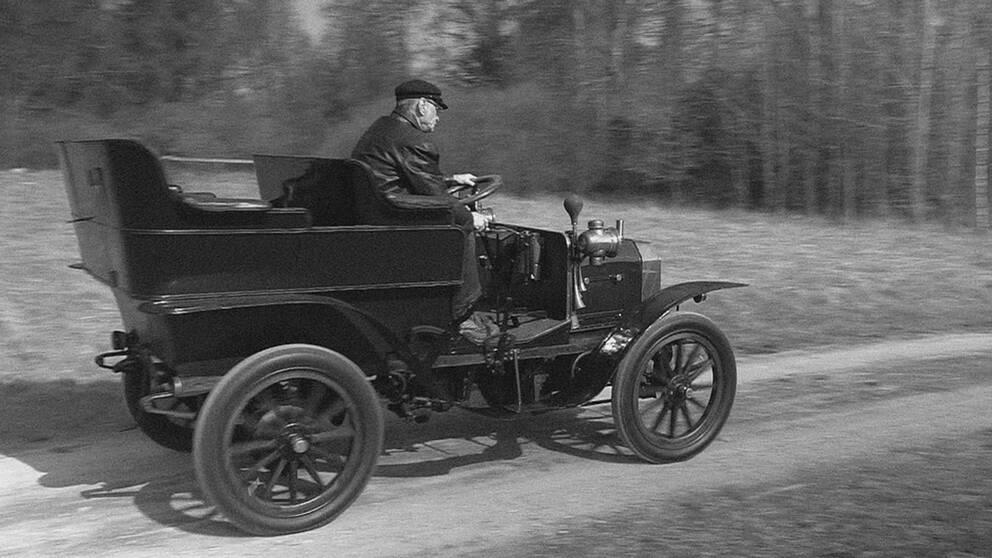 Sveriges nu äldsta körbara bil en VABIS 1903 från Surahammar.