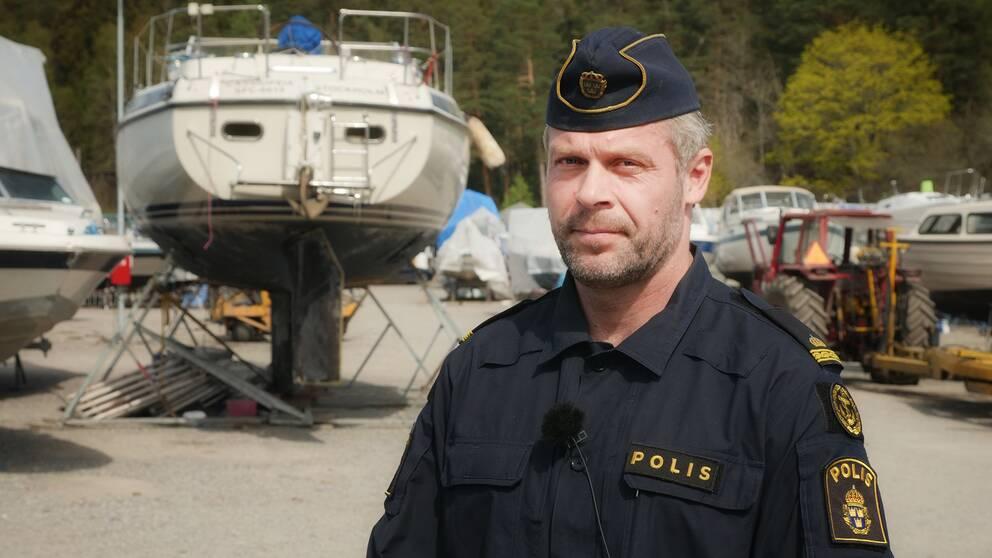 Polisen Rino Carlsson