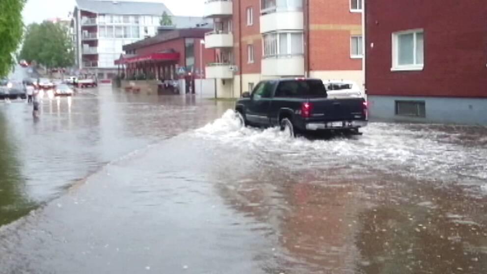 Översvämningar efter skyfall över Piteå i Norrbotten den 28 juli.