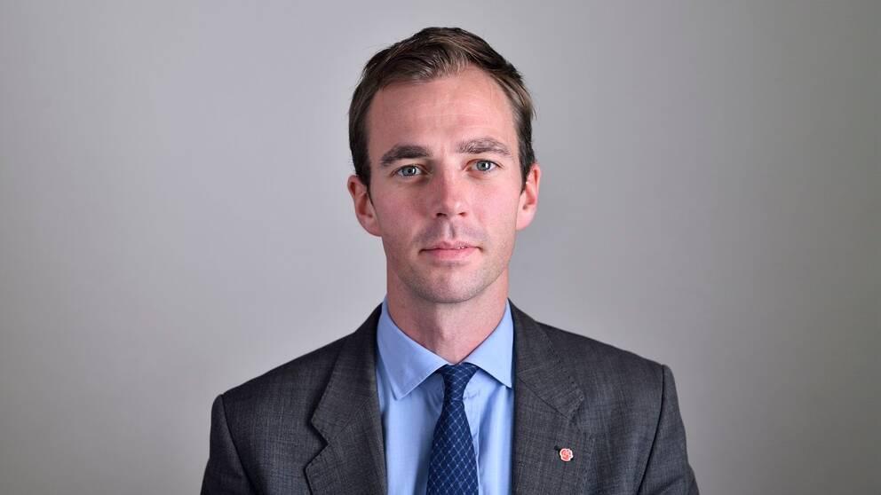Porträttbild på Kalle Olsson (S), riksdagsledamot från Jämtland som också sitter riksdagens försvarsutskott