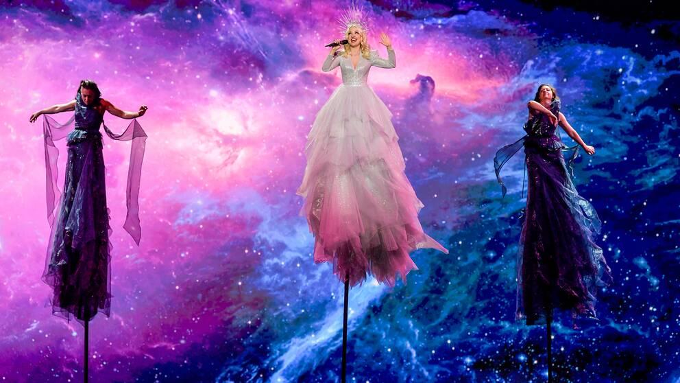 Australiens Kate Miller-Heidke tävlar i den första semifinalen i Eurovision Song Contest 2019.