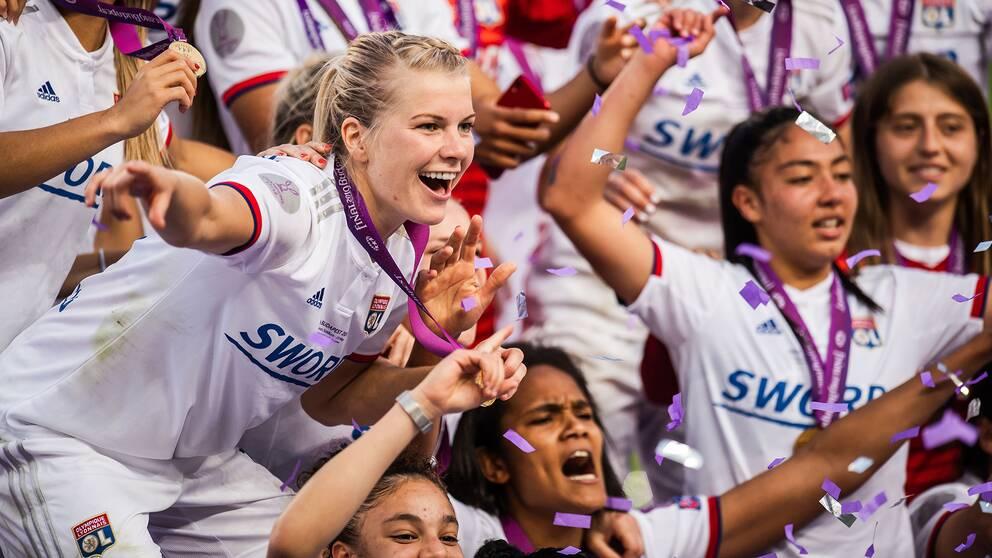 Ada Hegerberg gjorde tre mål för Lyon.