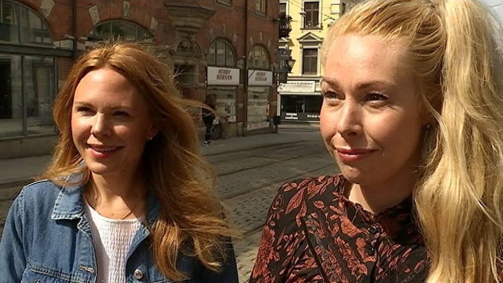Cykelkampanj i Norrköping. Två kvinnor som testat elcykel