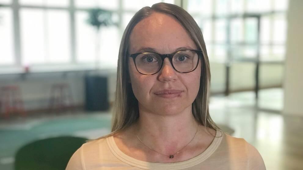 Linda Jakobsson, områdeschef på Försäkringskassan berättar att de har förbättrat sina kontroller av tandläkare som tagit ut felaktiga utbetalningar.