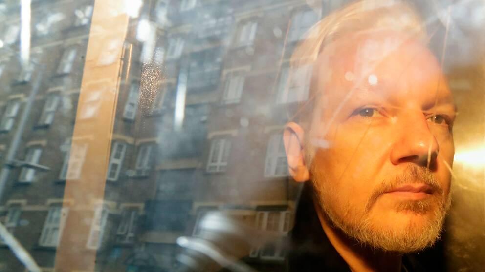 WikiLeaks-grundaren Assange fotograferad tidigare i maj när han var på väg från rätten.