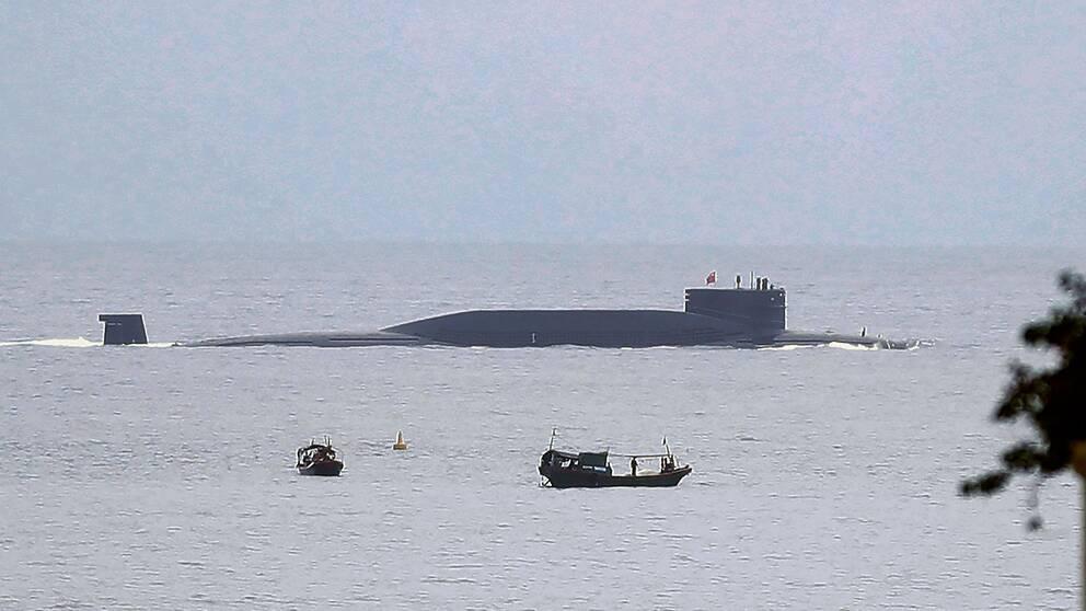 Kinas strategiska atomubåtar har kapacitet för robotar som kan nå över 700 mil. Stridspetsarna är upp till 20 gånger kraftigare än Hiroshimabomben.