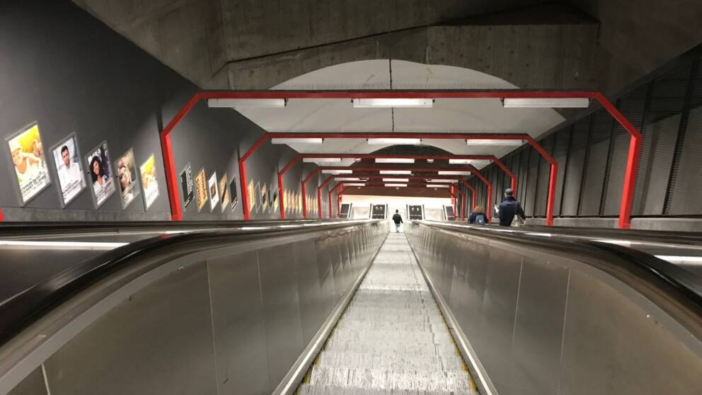 Stillastående rulltrappa i Sundbyberg