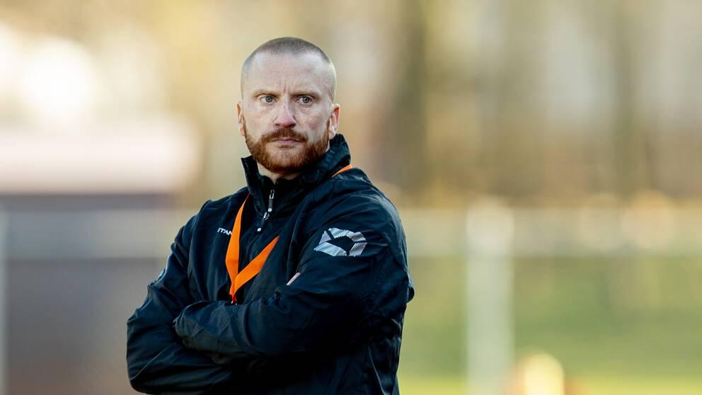 tränarduon Henrik Korhonen och Robert Sjökvist väljer att lämna Kungsbacka.
