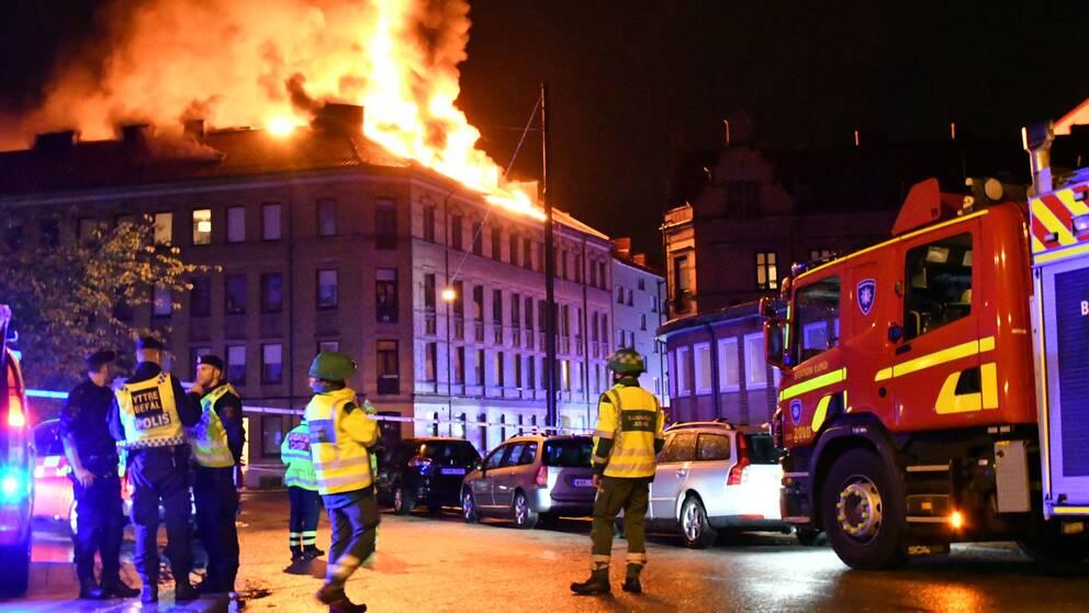 Storbrand i flerfamiljshus i Malmö