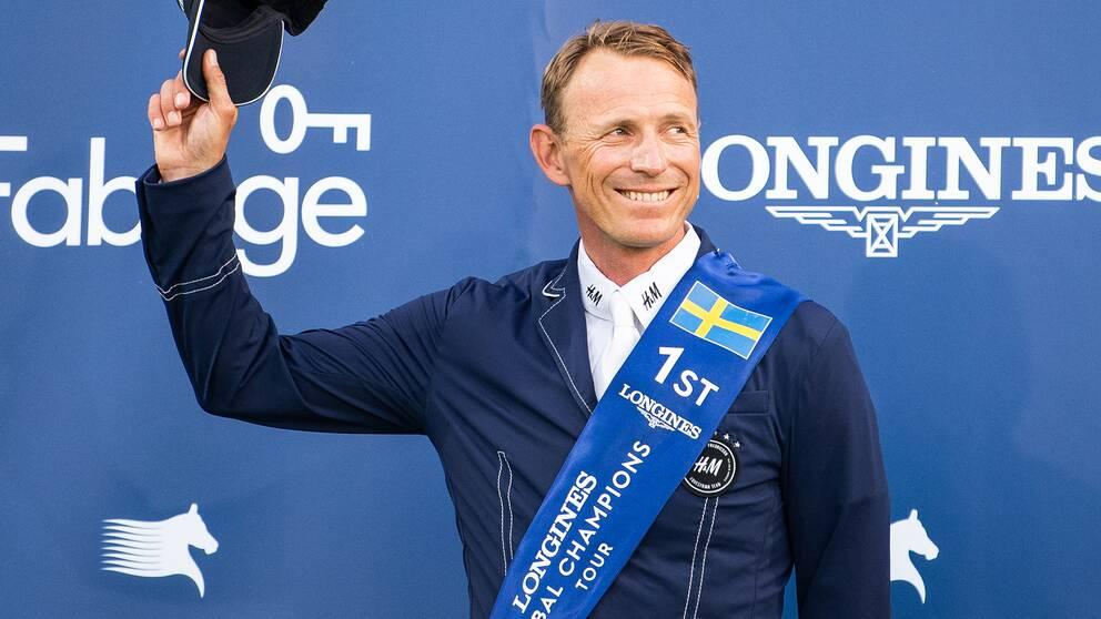 Peder Fredricson tog förstaplatsen i GP-hoppningen.