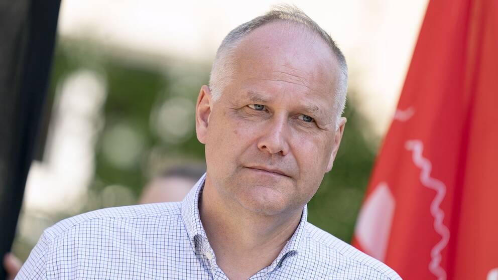 Bild på Vänsterpartiets partiledare Jonas Sjöstedt.
