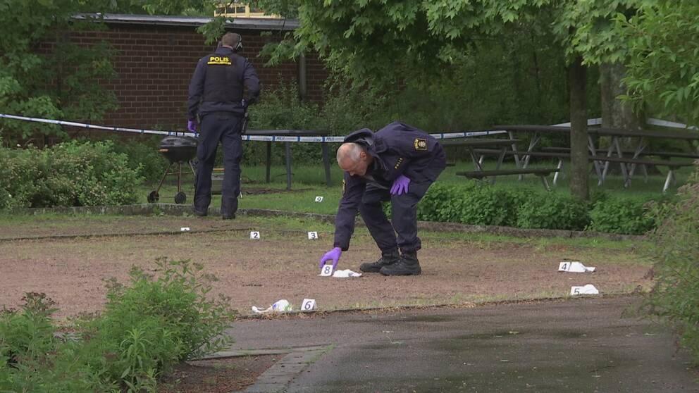 Flera personer häktade för skottlossningen i Gustavsfält.