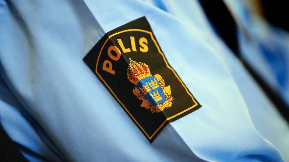 Polis atalad for sexuellt ofredande