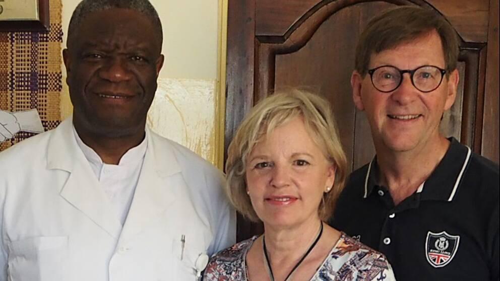 Dr Dennis Mukwege och Annika och Tommy Sandén på plats i Kong