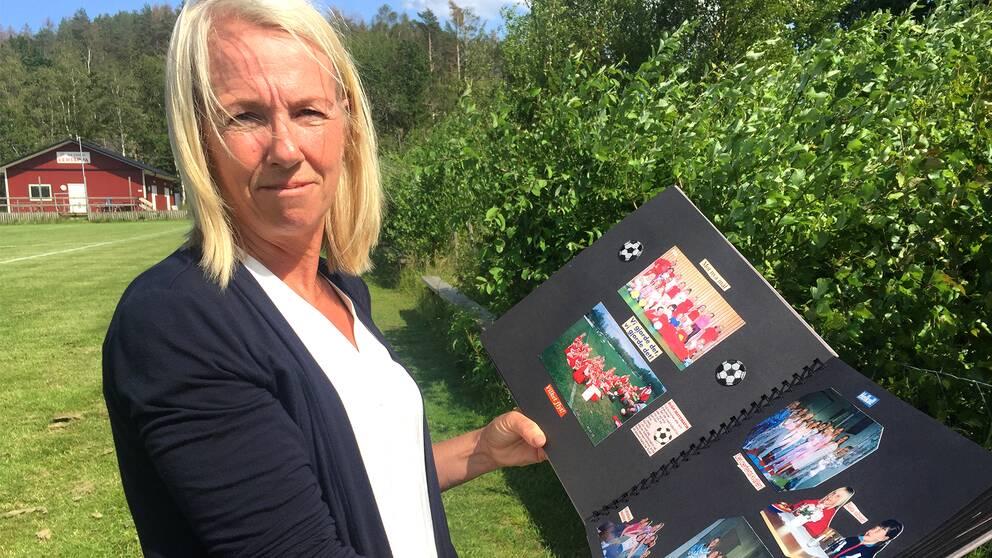 I klippet ovan berättar föredetta tränaren, Marie Hansen, om vad det är som gör Fridolina Rolfö till en bra yttermittfältare.