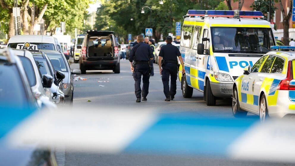 Polisen på plats i Sollentuna