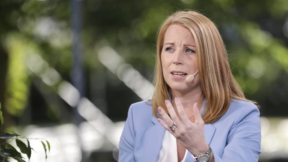 Annie Lööf, Centerns partiledare.