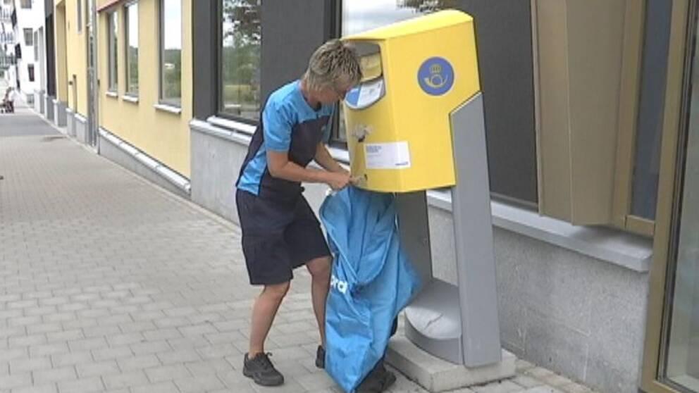 postlåda tömning söndag
