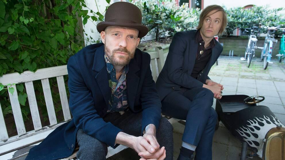 David Sandström och Dennis Lyxzén, två av medlemmarna i Refused.