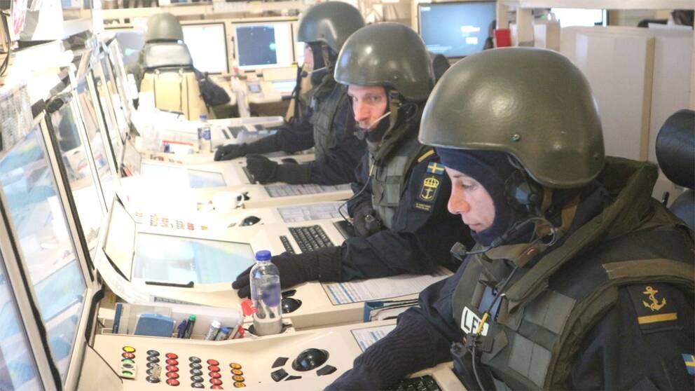 militärer på båt