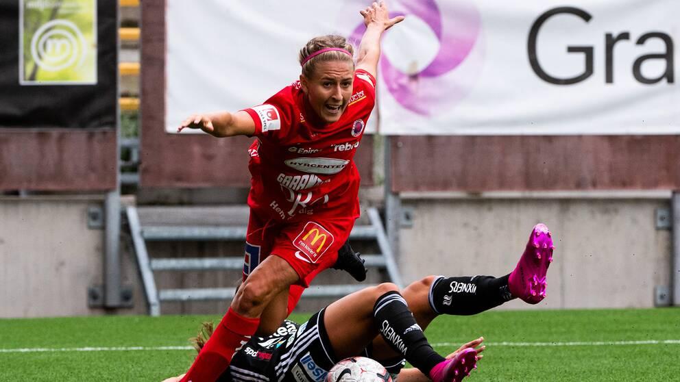 Örebros Emma Kullberg under fotbollsmatchen i Damallsvenskan mellan Örebro och Piteå den 10 augusti 2019 i Örebro.