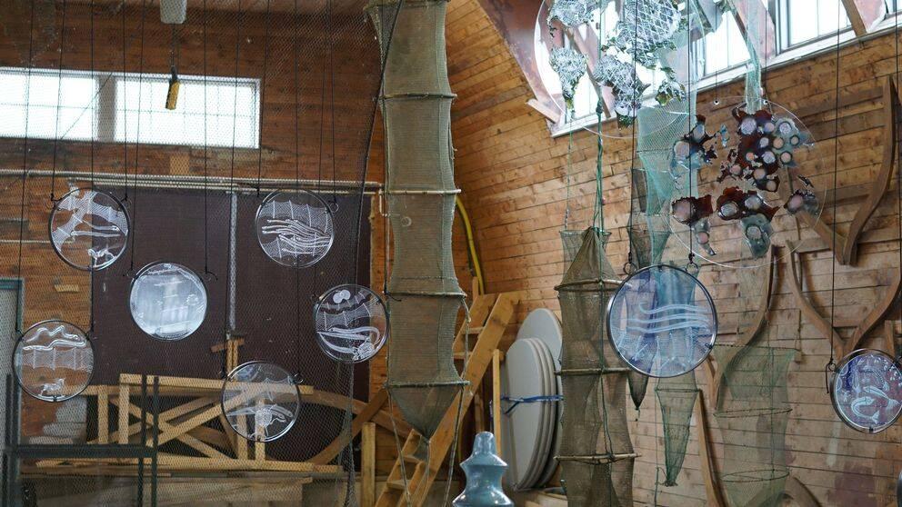 utställning konstverk ål