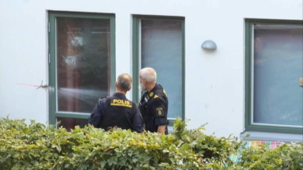 Polisen sker vittnen efter vldtktsfrsk i Vllingby