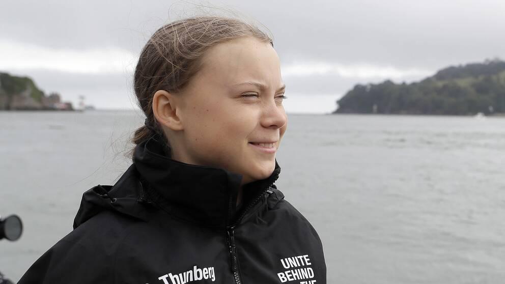Om bara några timmar väntas Greta Thunberg gå i land i New York.