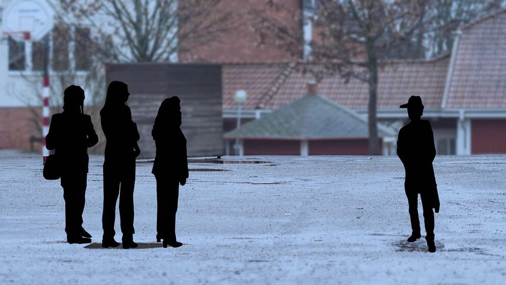 Tre lärare misshandlades av eleven på en skola i Alvesta.