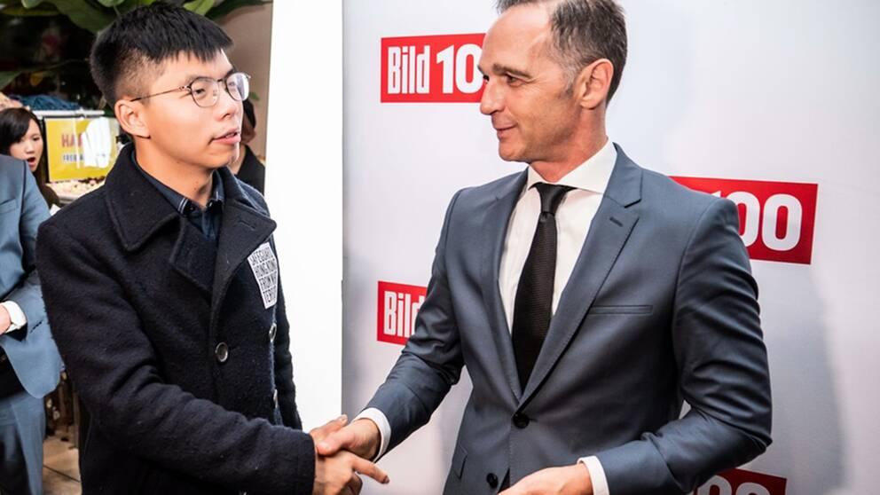 Handslaget mellan aktivisten Joshua Wongs och Tysklands utrikesminister Heiko Maas har retat upp de kinesiska myndigheterna.