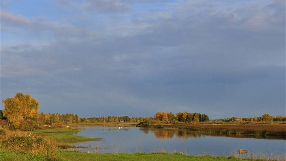 En ganska så fin onsdagsmorgon här vid Torneälven i Junosuando Norrbotten.