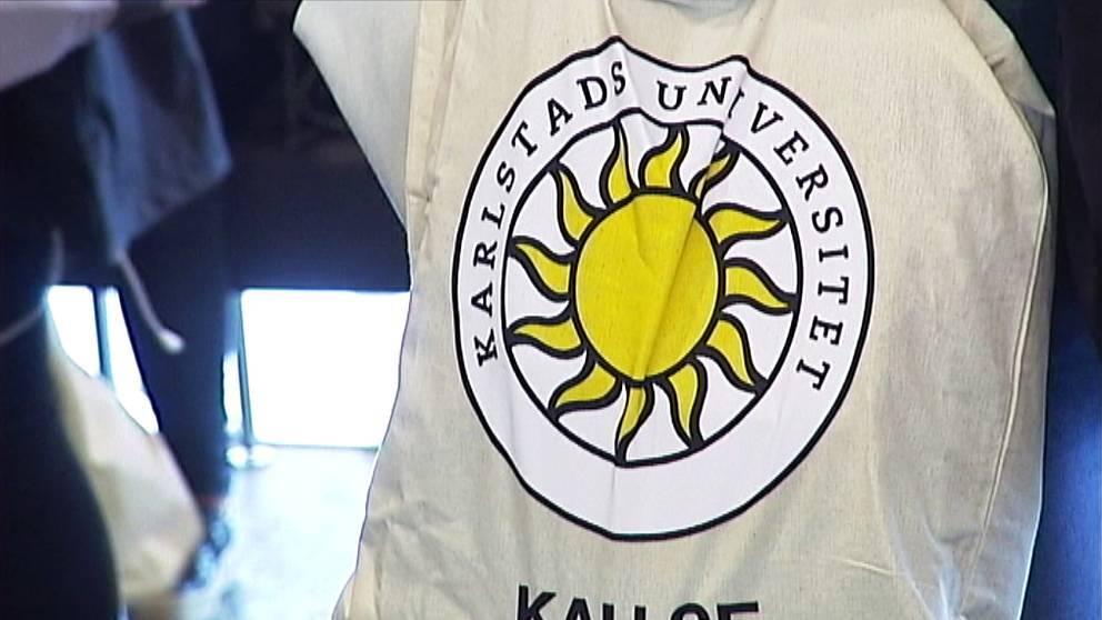Tygkasse med Karlstads universitets logga.