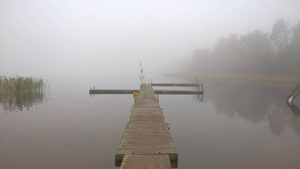 Dimmigt söndags morgon bitti i Rånnaväg.