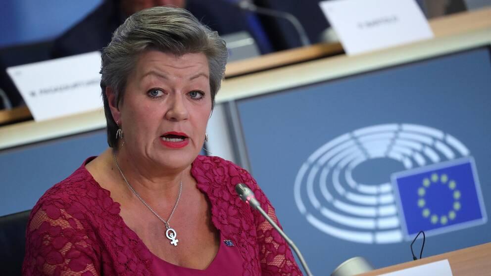 Ylva Johansson frågas ut i Bryssel.