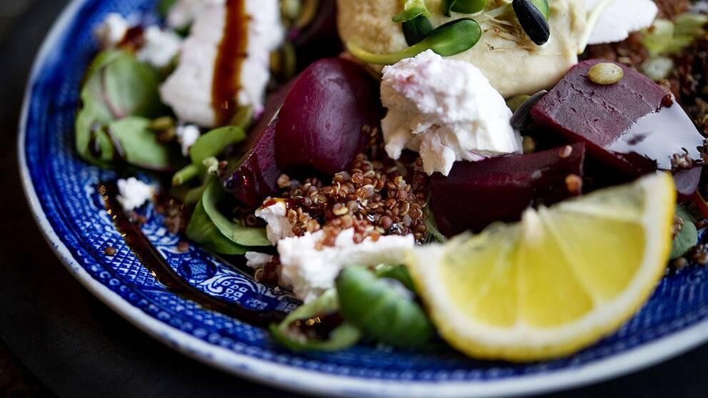 """""""När det gäller quinoa har vi periodvis haft svårt att tillmötesgå efterfrågan på grund av råvarubrist"""", säger Kristofer Myrevik på Coop Sverige."""