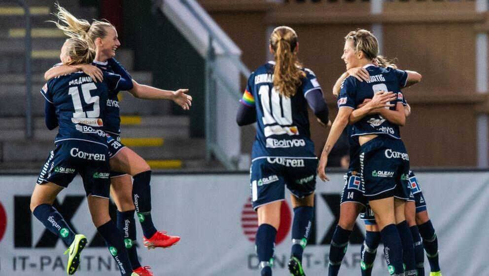 Linköping jublar efter Lina Hurtigs 3-1-mål.