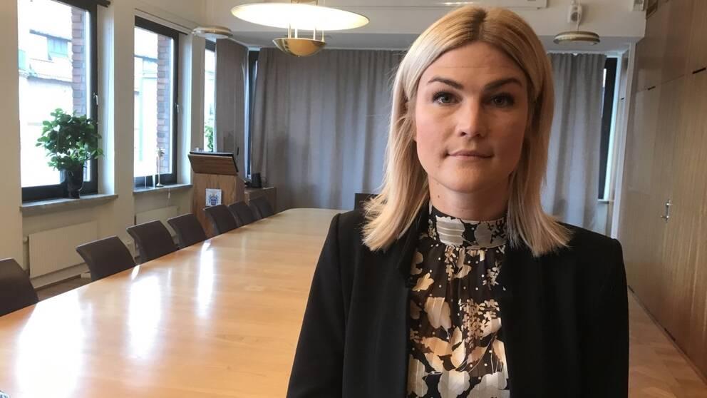 Monica Molhed, Stenvinkelsgatan 8, Halmstad   unam.net