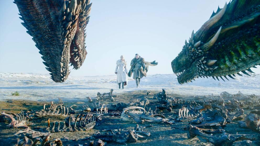 Emilia Clarke och Kit Harington som Daenerys Targaryen och Jon Snow i den sista säsongen av Game of Thrones.