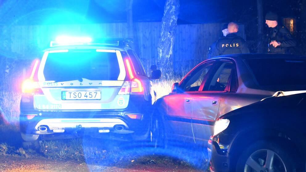 Polisen vid den stannade bilen i Eslöv.