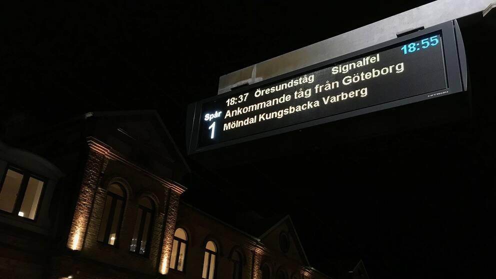 Bild tagen på tågstationen i Halmstad.