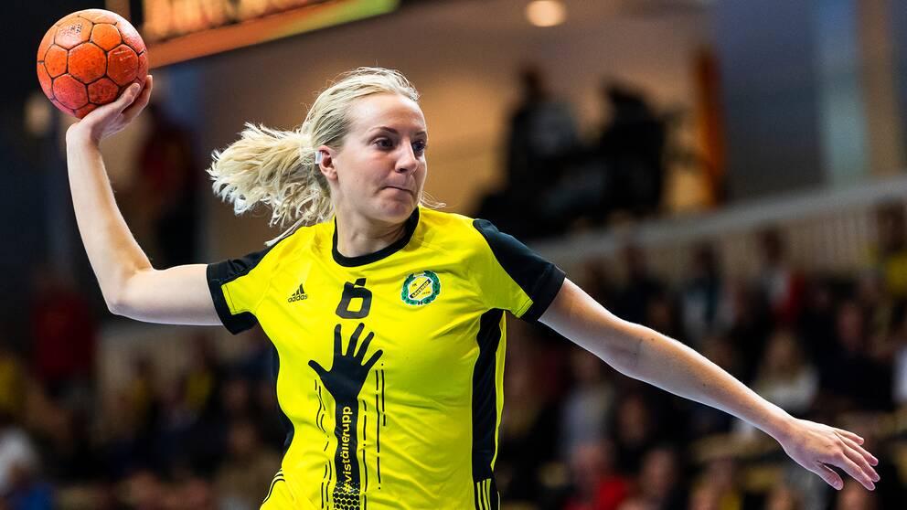 Sävehofs Trine Wacker Mortensen under matchen mot Önnered.