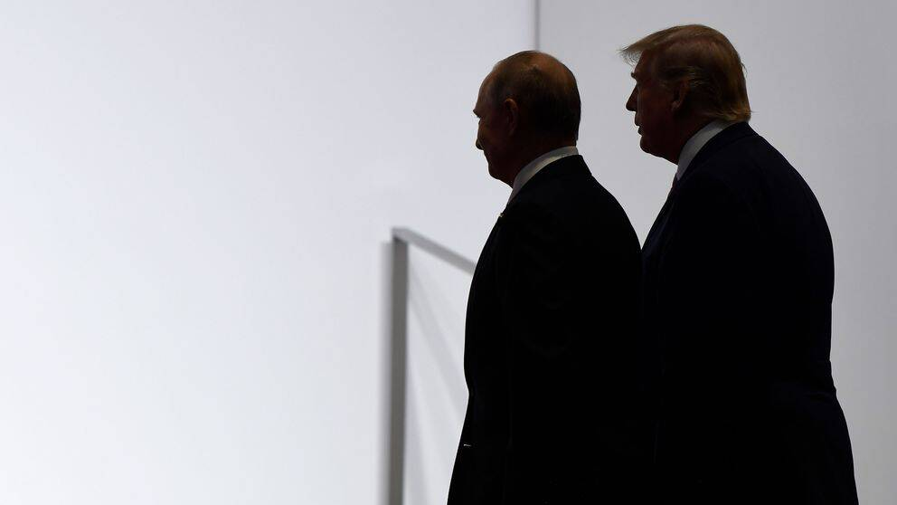 President Donald Trump och Rysslands president Vladimir Putin på G20 mötet i Japan den 28 juni 2019.