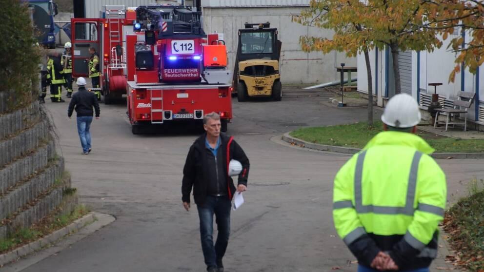 Räddningspersonal på plats i tyska Halle efter en explosion i en gruva.