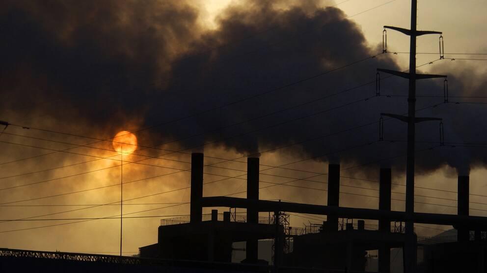 Utsläpp från en fabrik i Kina, det land som i dag står för de största utsläppen av växthusgaser i världen