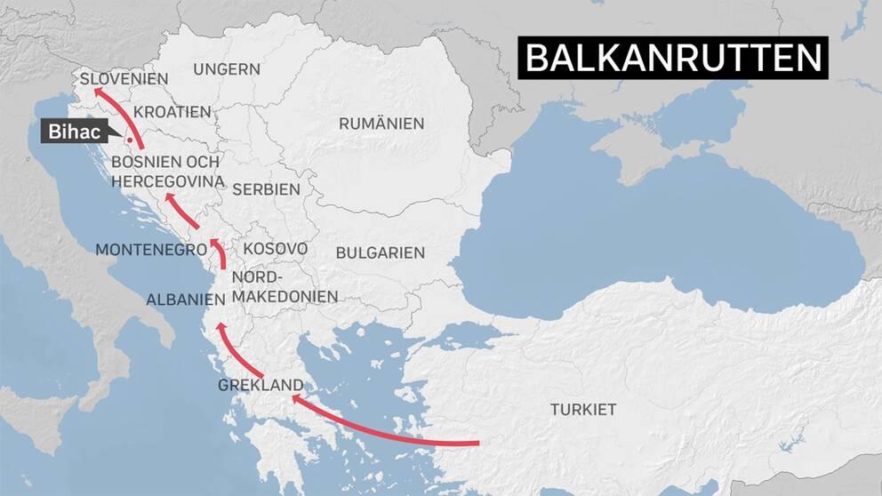 Flyktingar och migranter tar sig ofta via Balkanrutten från Turkiet till Bosnien. Nära gränsen till Kroatien, vid staden Bihac, har många samlats som försöker ta sig in i EU.