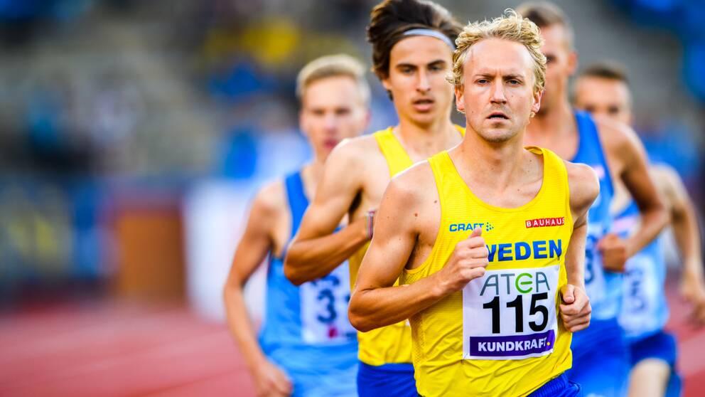 Dadvid Nilsson slog nytt svensk rekord under Valencias marathon.