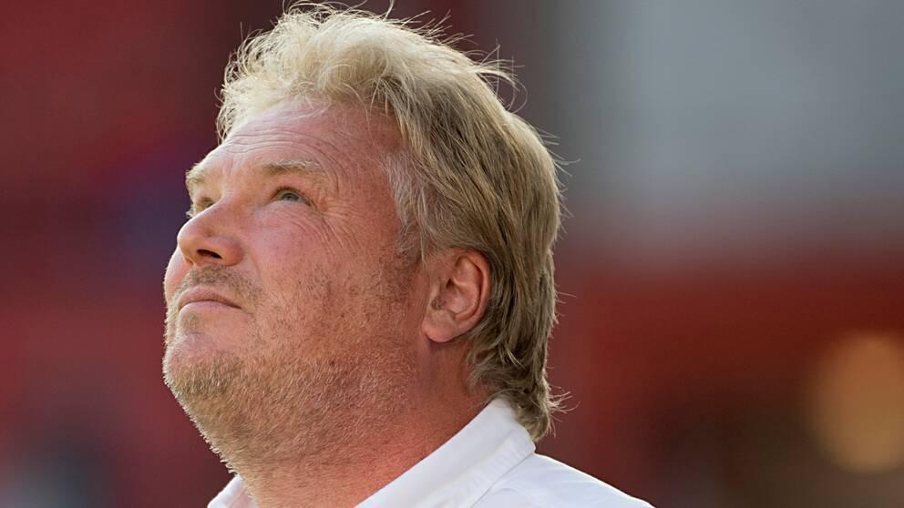 Jörgen Lennartsson tvingas lämna Lilleström.