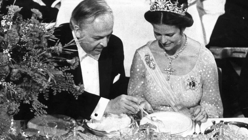 Drottning Silvia under sin första Nobelfest.