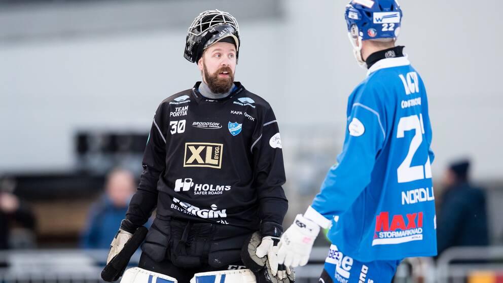 Motalas målvakt Jussi Altonen stod pall i slutet av matchen mot Broberg.