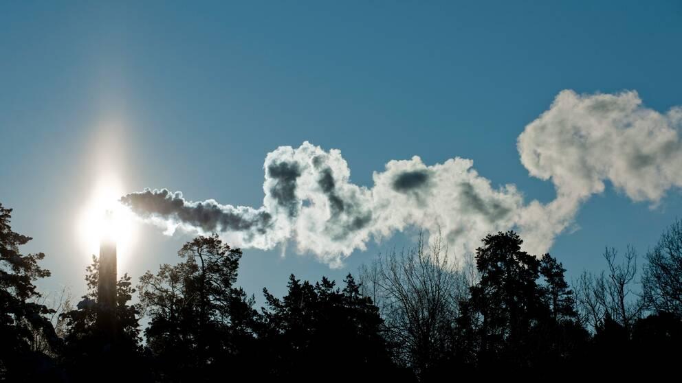 Nya siffror visar att utsläppen från fossila bränslen fortsätter att öka.